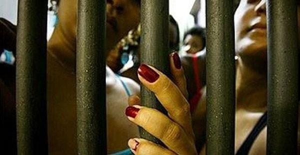 Nem dentro, nem fora: notas sobre a experiência prisional de estrangeiras em São Paulo