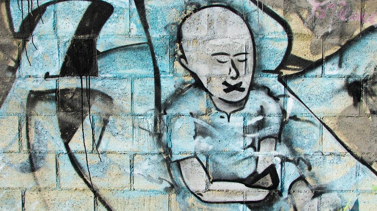 Ameaças à liberdade de expressão fragilizam o Estado democrático no Brasil