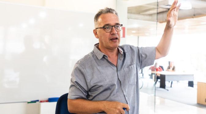 Francesco Vissani: por que e como estudar neutrinos?
