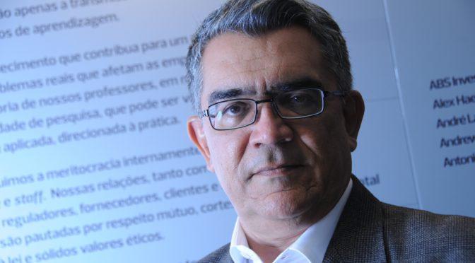 Marcelo Leite: Cultura científica para combater a desinformação e fortalecer a tomada de decisões de cidadãos