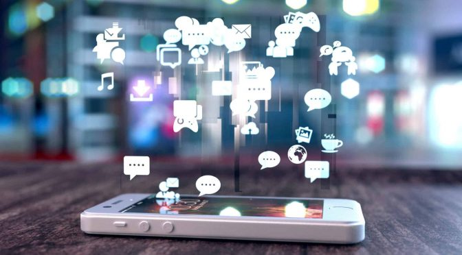 Moderação de conteúdo nas redes sociais: projeto de lei pede passe livre para a desinformação